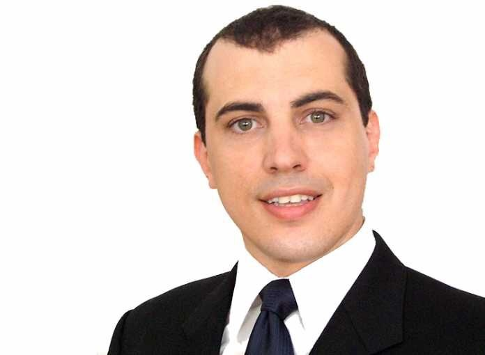 a photo of crypto expert reviewer Andreas Antonopoulos