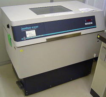 New Brunswick Innova 4330 Refrigerated Floor Incubator Shaker