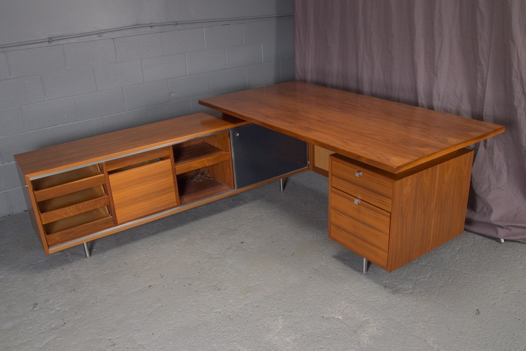 George Nelson for Herman Miller L Shaped Desk Unit