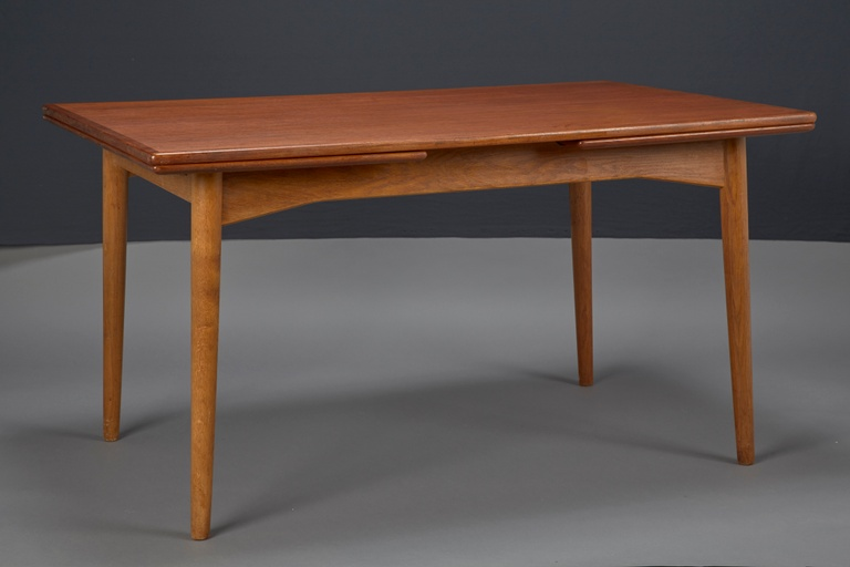 Danish Modern Teak Dining Table With Two Pull-out Leaves by Omann Jun