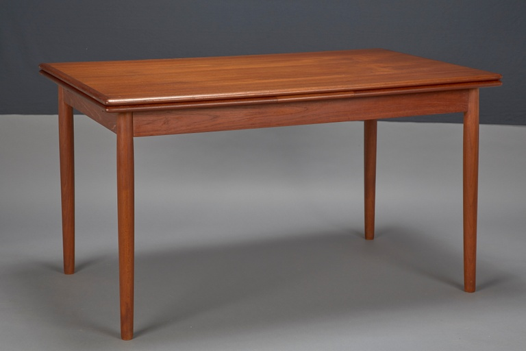 Danish Modern Teak Dining Table With Two Pull-out Leaves (2)